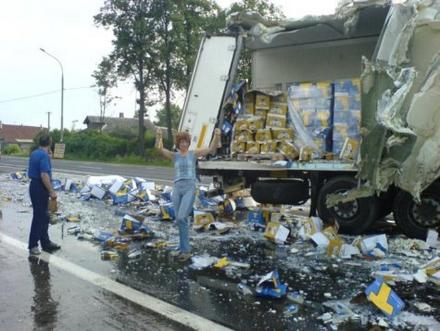Funny Picture - Beer Truck Crash Creates Feelings Of Joy For All