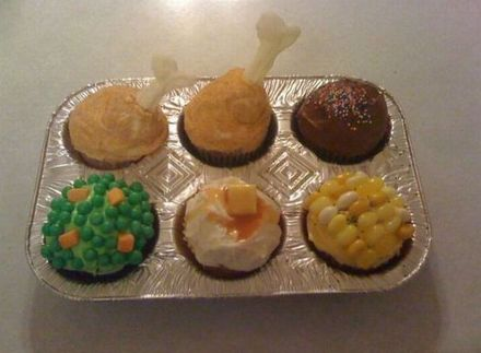 Funny Picture - Thanksgiving Cupcakes