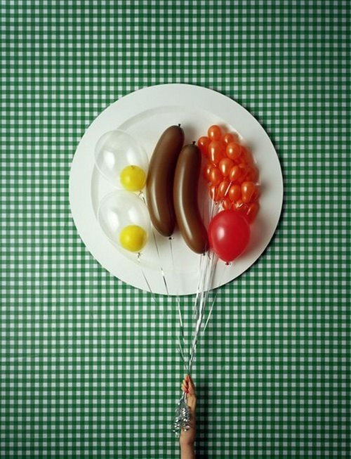 Funny Picture - Balloon Breakfast
